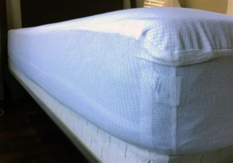 plastic mattress cover are vinyl mattress protectors unsafe