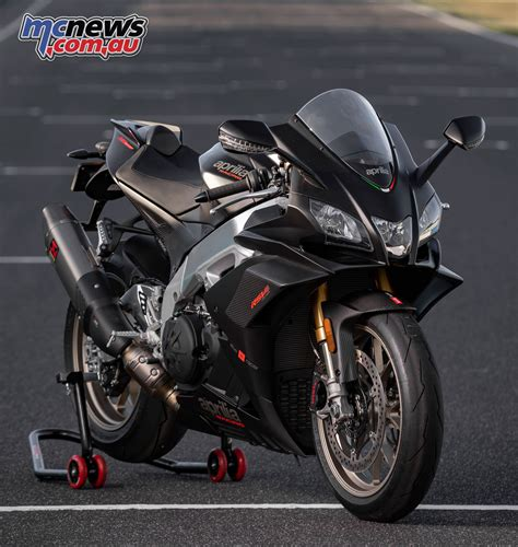 aprilia rsv factory  review motorcycle tests