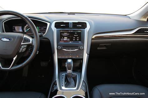 ford focus se ecoboost  interior rear seats
