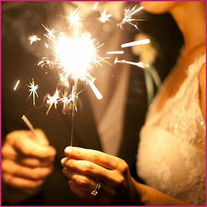 Lighting Wedding Sparklers 10 Quot Color Sparklers Buy Wedding Sparklers