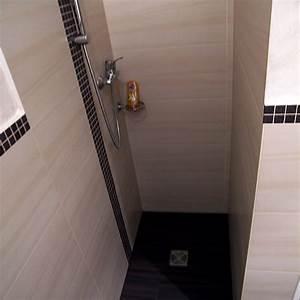 Kleines Wc Fliesen : mini g ste wc inklusive dusche bad 019 b der dunkelmann ~ Markanthonyermac.com Haus und Dekorationen