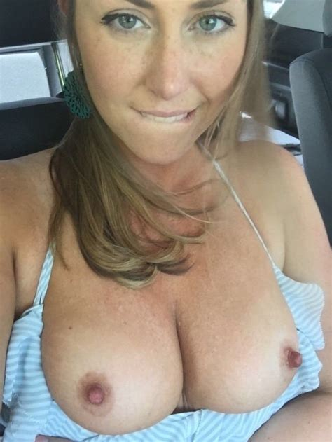 naked wives archives wifebucket offical milf blog