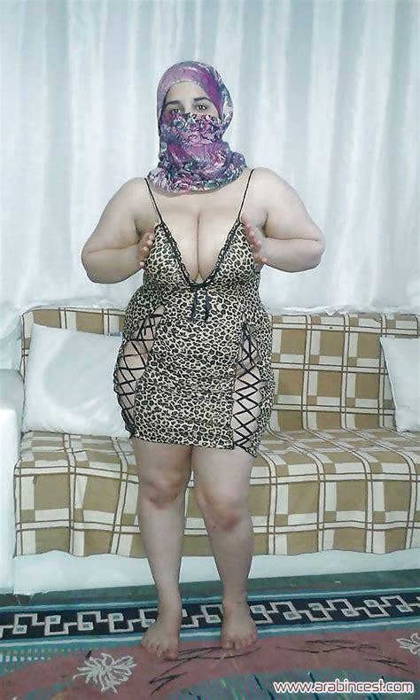 صور سكس شرموطة أم اَية بتستعرض جسمها محارم عربي