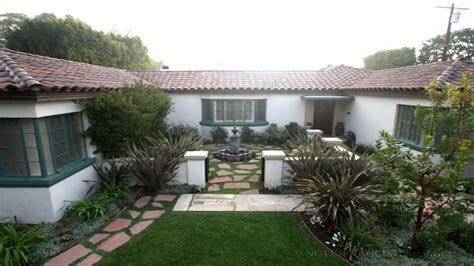 style courtyards small style homes style homes with