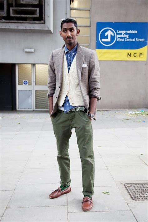 Boat Shoes Chinos Socks by 40 Best S Green And Olive Images On