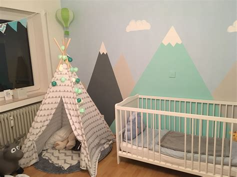 Kinderzimmer Junge Indianer by Kinderzimmer Junge Berge Mountains Hei 223 Luftballon Tipi