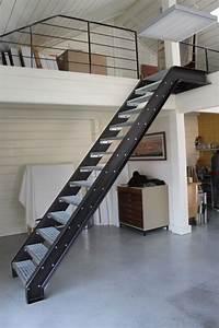 Escalier Métallique Industriel : escalier esprit industriel escalier pinterest industriel escaliers et esprit ~ Melissatoandfro.com Idées de Décoration