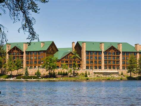 wilderness   lake lake delton resort wisdells