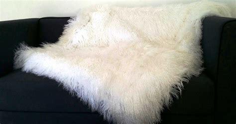 plaid pour recouvrir canapé accessoires en boutique only mouton