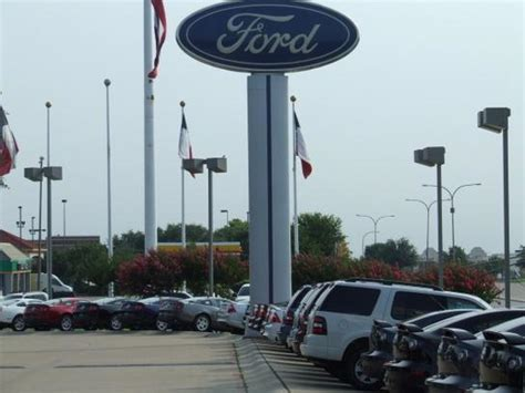 AutoNation Ford Mazda Fort Worth car dealership in Fort