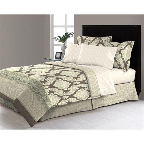 east thornton  piece queen bed   bag comforter set