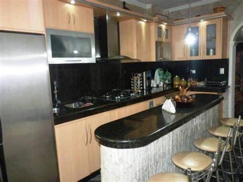casa en venta en palo negro maracay   habitaciones