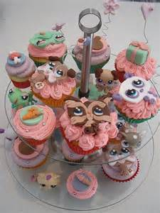 Littlest Pet Shop Cupcake Cake