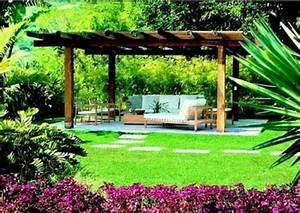 Gartenlauben Aus Holz : 50 gartenlauben aus holz gartenpavillon selber bauen ~ Watch28wear.com Haus und Dekorationen
