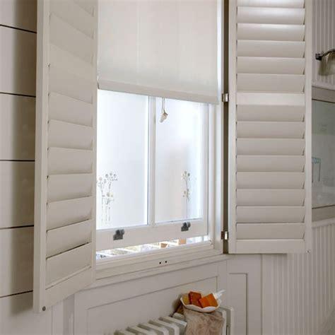 bathroom window blinds ideas bathroom window treatment simple bathroom ideas