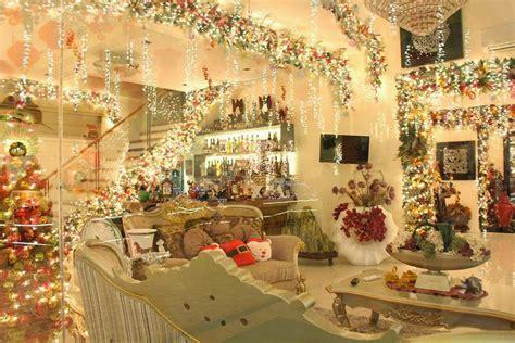 metro lifestyle christmas house  lights