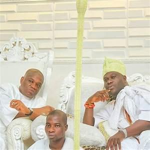 Orji Uzor Kalu Visits Ooni Of Ife In His Palace (Photos ...