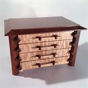 Pagoda Style Jewelry Box Plans