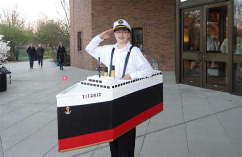Titanic Boat Costume by Author Rides Tide Of Interest In Titanic On Disaster S