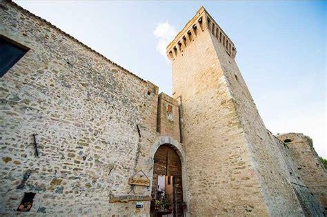 torre della botonta castel ritaldi perugia