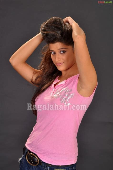 South Indian Actress Madhurima In Pink Top And Jeans