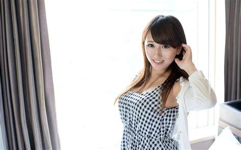 69dv Japanese Jav Idol Mayu Satomi 里美まゆ Pics 14