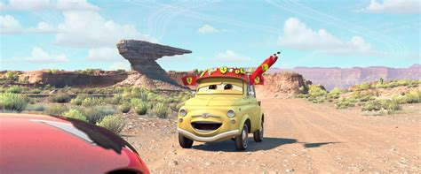 """Directed by john lasseter, a lovely story petty as mrs. Luigi, personnage dans """"Cars"""".   Disney-Planet"""