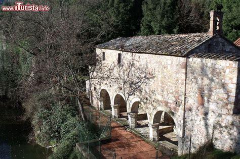 Bagno Di Petriolo I Bagni Di Petriolo Terme In Toscana Foto Petriolo