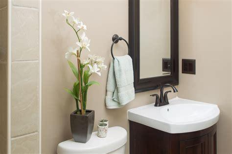 Bathroom Ideas For Small Bathrooms Decorating by Simple Bathroom Decorating Ideas Nellia Designs