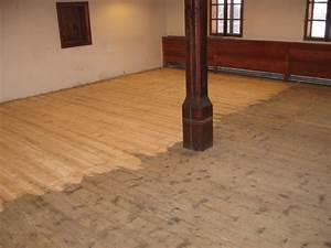 Broušení palubkové podlahy