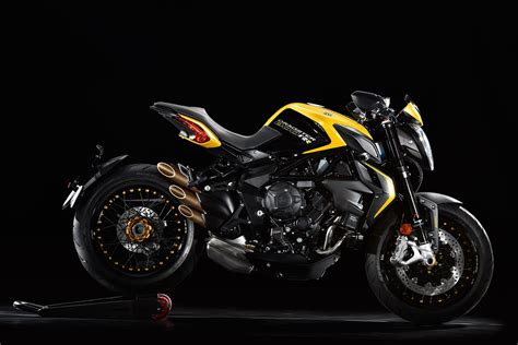 Review Mv Agusta Dragster by 2017 Mv Agusta Dragster 800 Rr Review