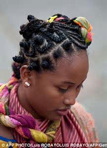 Stunning hairstyles inspired by slavery: Women do battle