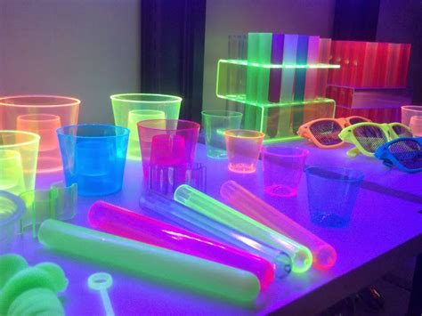 Glow, Neon, Uv Party! Glow In The Dark Party Supplies