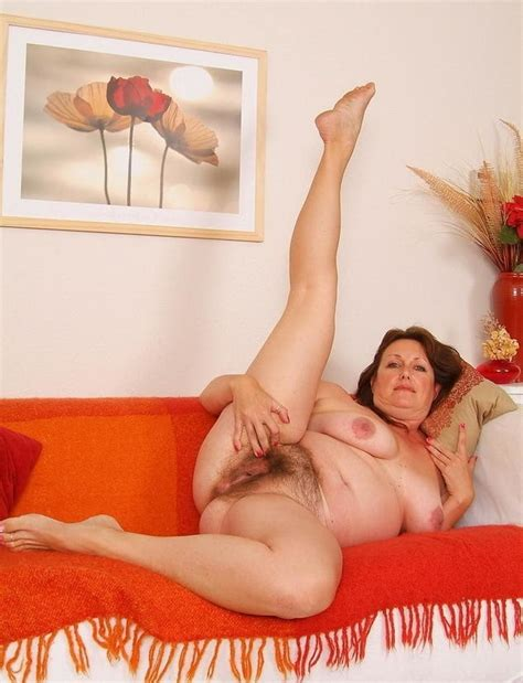 Mature Redhead Showing Her Hot Hairy Pussy 32 Pics