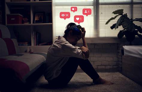 social media  predict depression  users health units