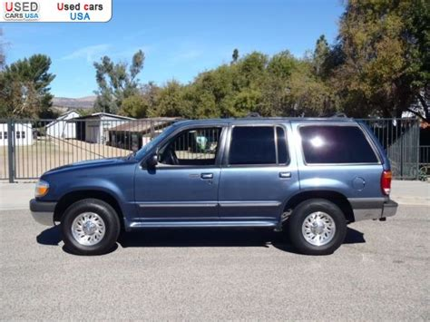 sale  passenger car ford explorer xlt dr suv