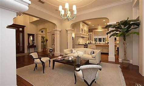 Coastal House for Sale   Home Bunch Interior Design Ideas