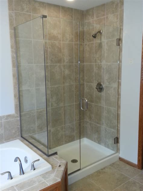 shower doors des moines sassman glass  mirror