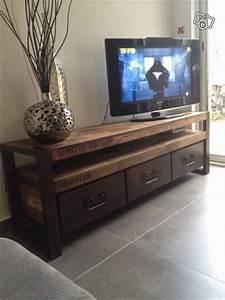 Meuble Tele Industriel : tiroirs tvs and tiroirs on pinterest ~ Teatrodelosmanantiales.com Idées de Décoration