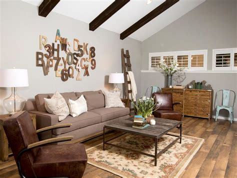 Wall Art Ideas From Chip And Joanna Gaines