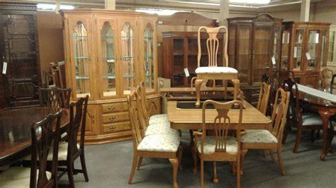 keller oak dining room set delmarva furniture consignment