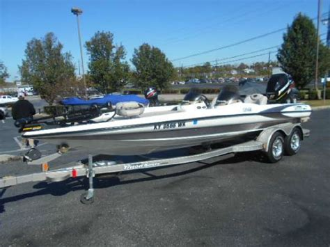Tritoon Boats For Sale In Kentucky by 1990 Triton Tr 22 Boats For Sale In Kentucky