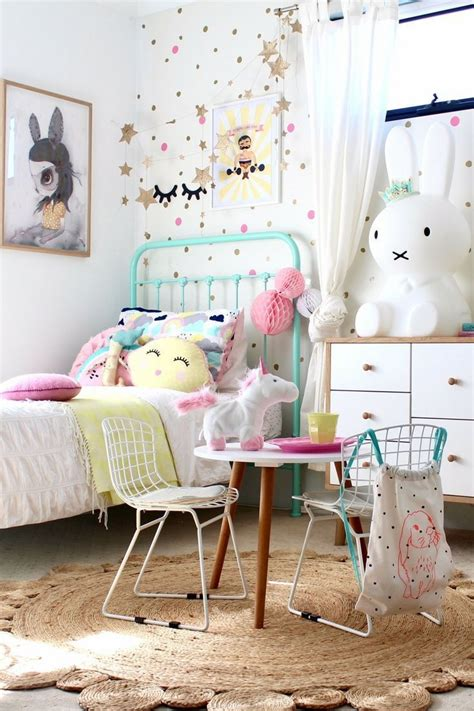 vintage childrens room decor best 25 vintage inspired bedroom ideas on pinterest vintage travel bedroom vintage travel