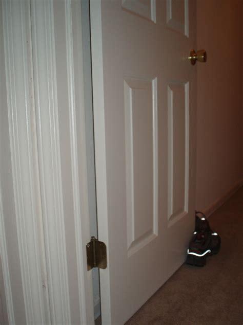 Bedroom Door Closes By Itself by Bedroom Door Won T Stay Open Picture Image Photo
