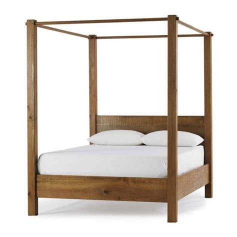 letti a baldacchino in legno letto etnico con baldacchino letti etnici