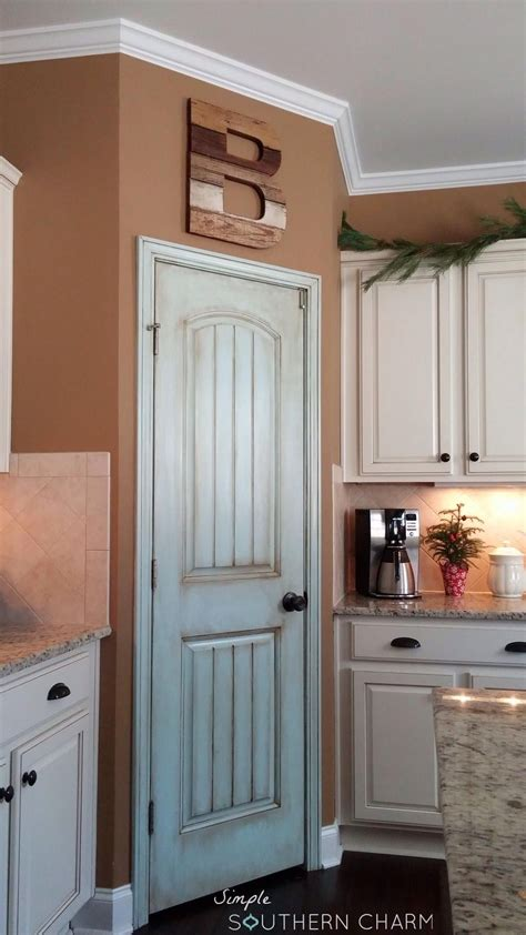 i was in love with my aqua pantry door for a hot minute