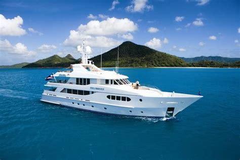 haute yachts motoryacht perle bleue  sale haute living