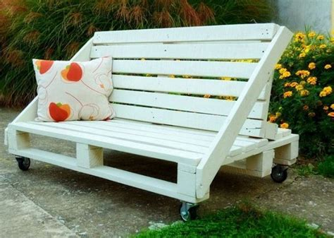 Pallet Patio Furniture Plans by Wood Pallet Patio Furniture Plans Recycled Things