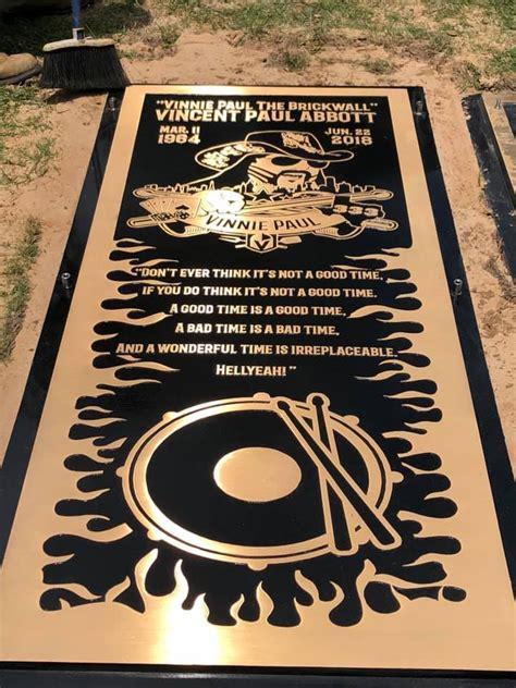 official pictures  vinnie pauls grave marker
