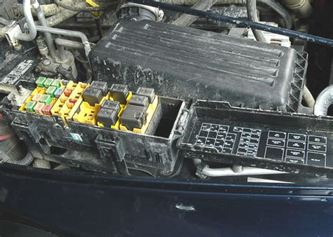 Aftermarket Fuse Box by Aftermarket Or Retrofit Fuse Box For A Bodies Only